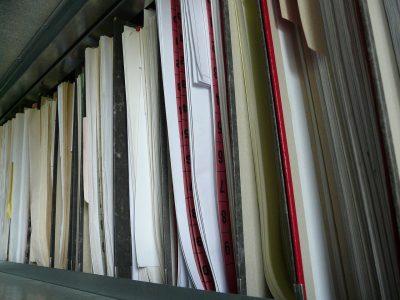 Papiermappen bleiben den Landesbehörden noch länger erhalten - Schwarz-Gelb kommt beim E-Government nicht voran